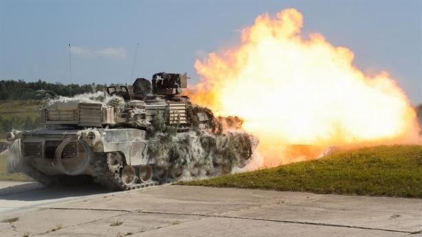 Theo chuyên gia Mỹ, dù những cỗ tăng Abrams đầu tiên đã được đưa vào hoạt động trong quân đội Mỹ từ những năm 1980 nhưng đến nay người ta vẫn chưa khám phá hết sức mạnh của cỗ tăng này khi nâng cấp lên chuẩn mới.