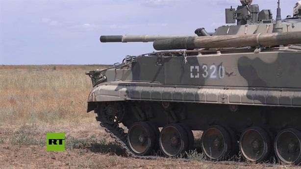 Nga mang xe tăng khiến phiến quân khiếp sợ đến 'Indra-2021'