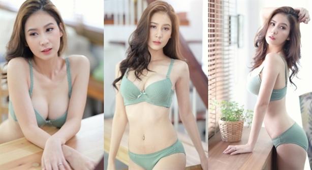 Đệ nhất hotgirl Thái Lan khoe thân hình quá gợi cảm