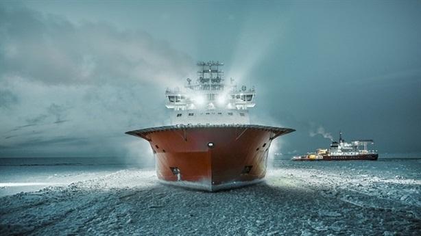 Tổng thống Putin tuyên bố mở rộng tuyến đường biển phương Bắc