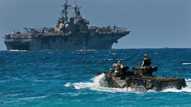 Đình chỉ ACV, thủy quân lục chiến Mỹ lấy gì đổ bộ?