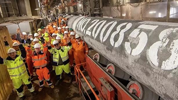 Chiến thắng khác của sà lan nối đường ống Nord Stream-2