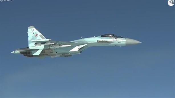 Gripen, Typhoon không dám đến gần Tu-160 khi Su-35 đầy tên lửa