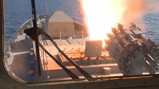 Nga bán khu trục hạm, thay động cơ theo ý khách hàng