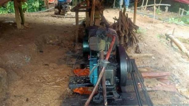 Mỏ vàng liên quan 'Hiền đầu bạc' lại bị khai thác