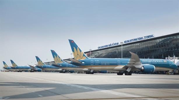 Test nhanh Covid-19 tại sân bay; tới Hà Nội vẫn cách ly