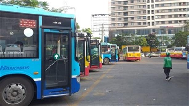 Đề xuất cho xe buýt, taxi Hà Nội hoạt động trở lại